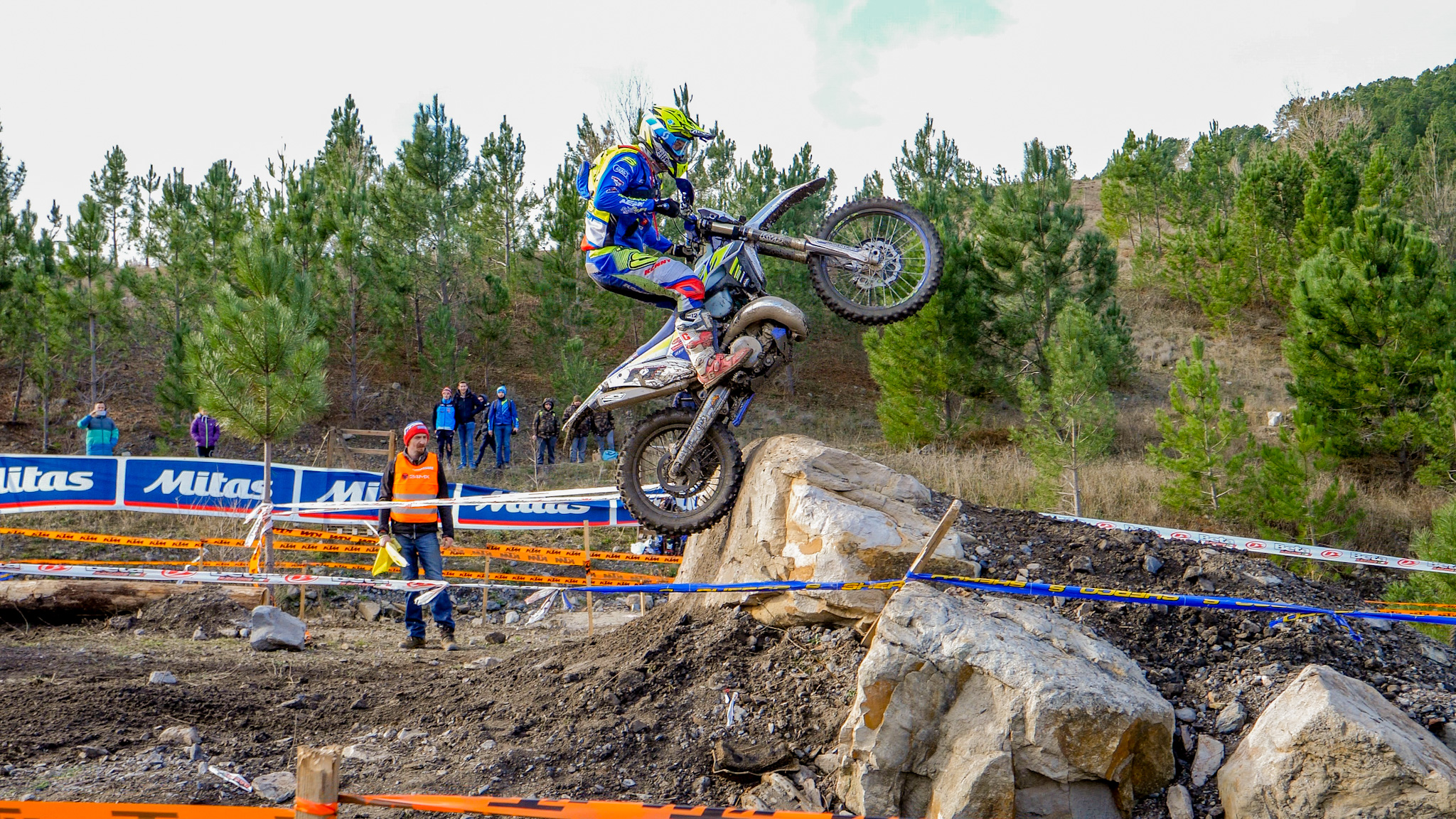 Mario Roman Wins The 24mx Alestrem 2020 Enduro Life Media Dirt Bike News